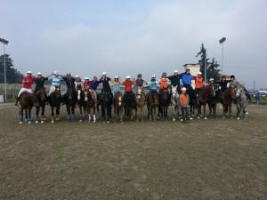 Foto di gruppo per i partecipanti allo Stage nelle categorie Pony e Cavalli